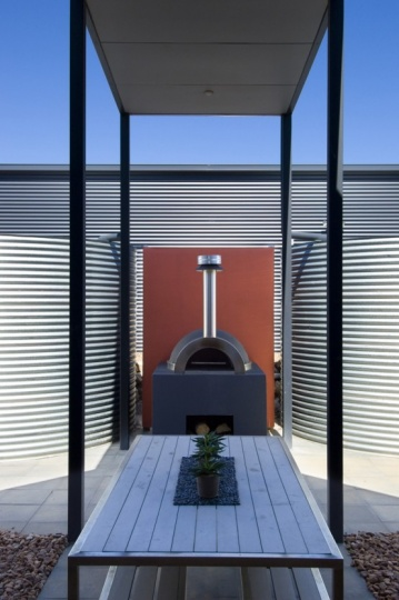 Coastal House Design with Rear Sheltered Courtyard and Wood Fired Pizza Oven_image