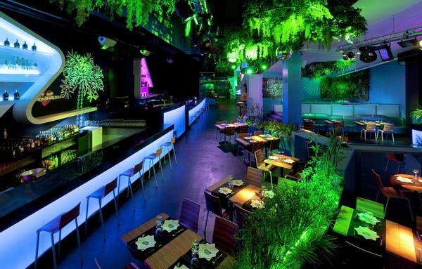 Blub Lounge Club in Barcelona, the Experience of a World Underseas_image
