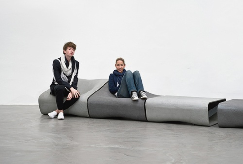 The Dune Bench Is A Modular Outdoor Furniture System_image