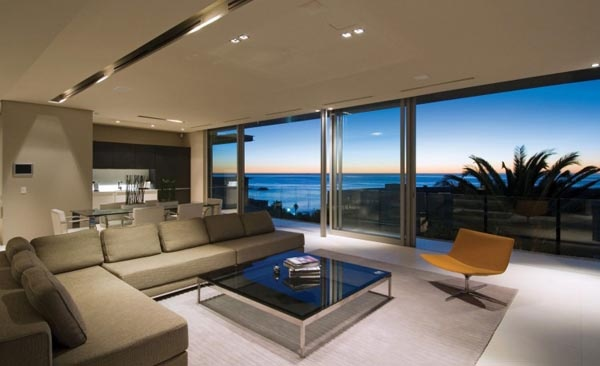 Amazing Rental Villa with Panoramic Views in South Africa_image