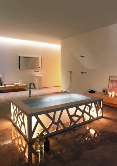 Origami Bathtub from Stocco is a Shining Star_image