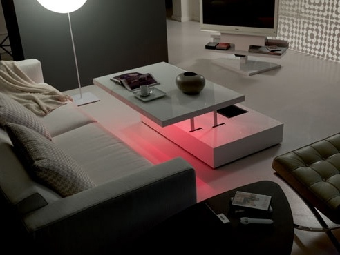 Flat And e-Motion LED Lit Tables By Ozzio_image