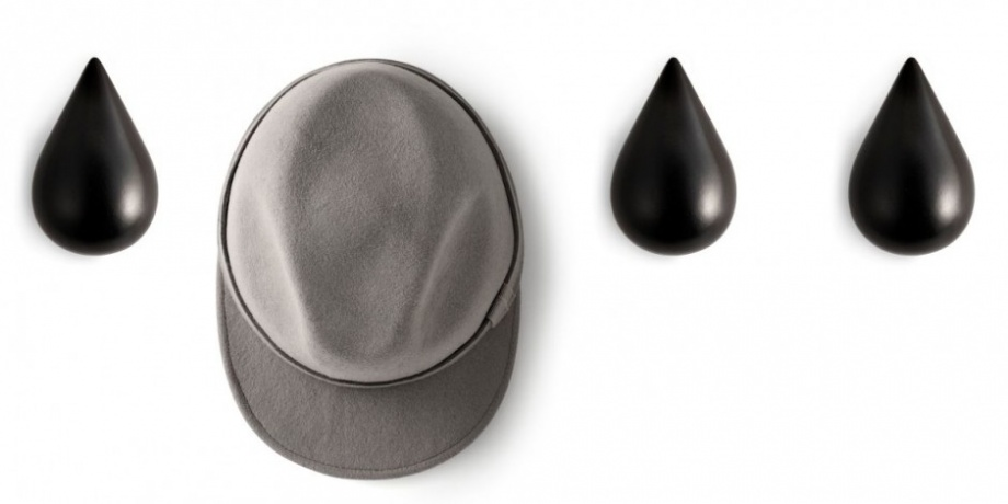 A Hook in the Shape of Drops_image