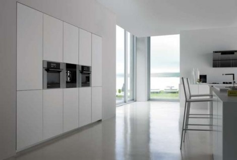 Immaculate White Kitchen by Logos_image