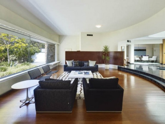 Amazing House in the Style of Sixties' Glamour_image