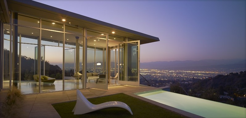 Gorgeous Hollywood Home with Fantastic Open Movie Theater _image