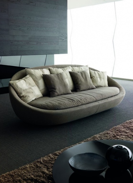 Elegant  Lacon Sofa by Desiree Divano_image