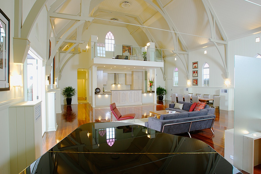 A Church Converted Into a House_image