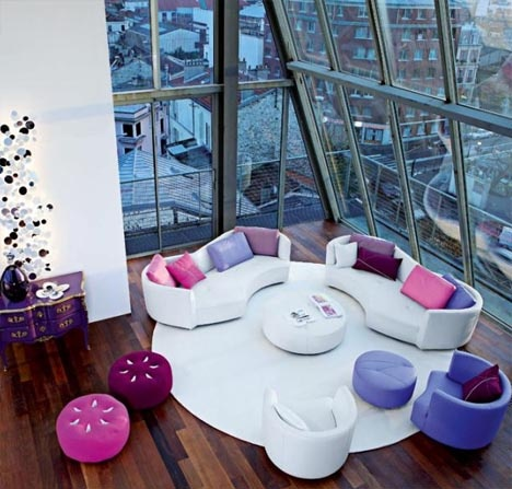 Colorful Furniture Sets for Creative Living Room Interiors_image