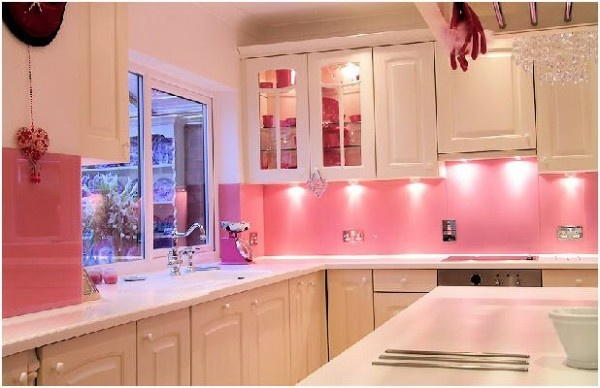 How to Cure Your Boring Kitchen with Pink_image