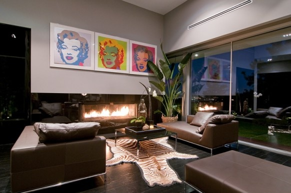 Spectacular Home in Hollywood: Nightingale House_image