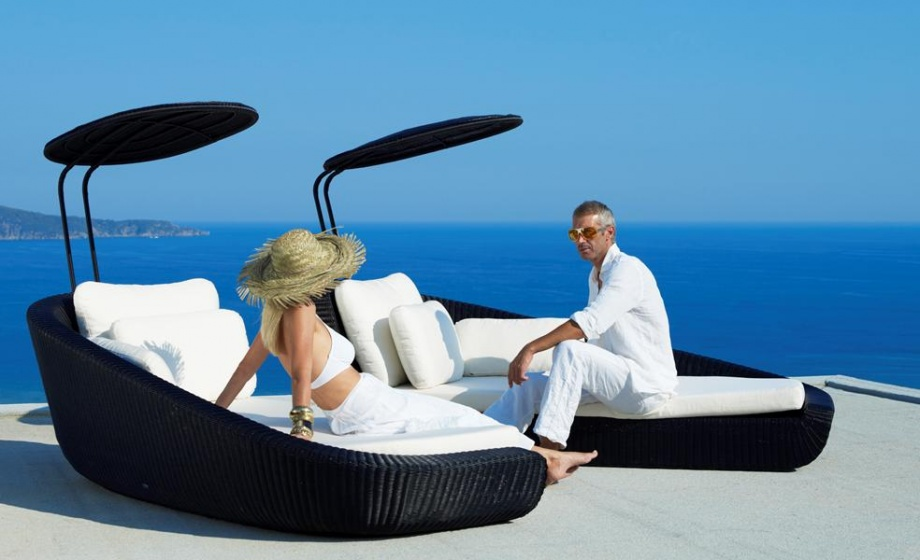 Beautiful Savannah Outdoor Furniture Line_image