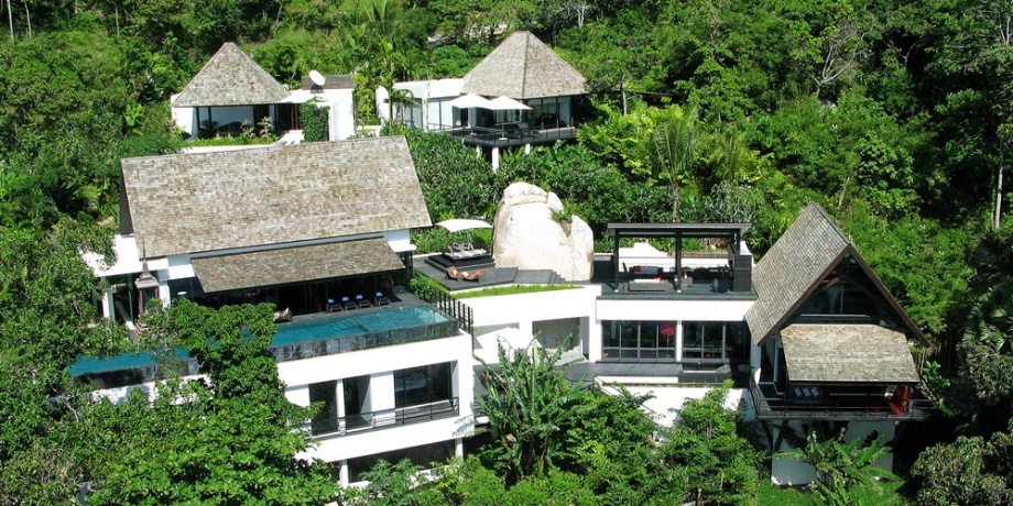 Stylish Villa Yin with the Private Beach_image
