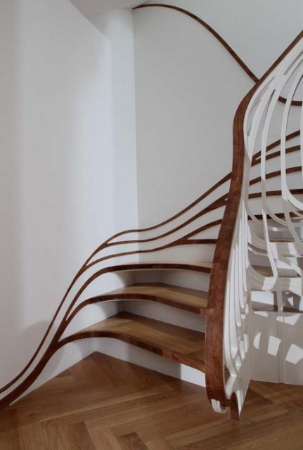 Banister-Bending Staircases take Handrails to New Heights_image