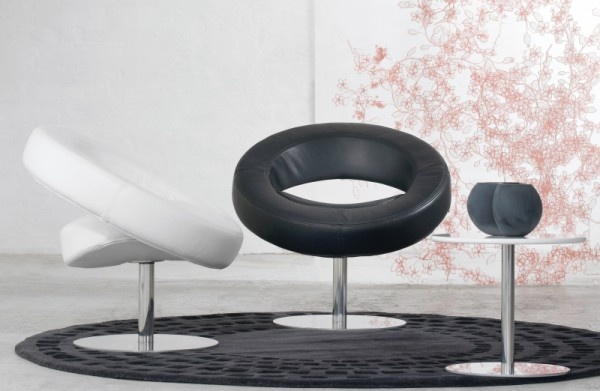 Hello Chair Made for Kylie Minogue_image