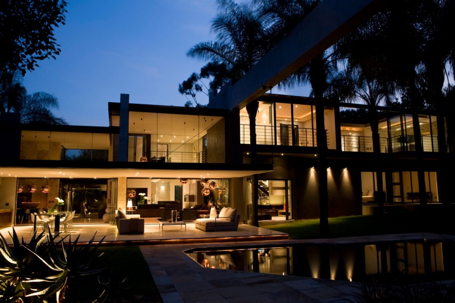 Reborned House in South Africa_image