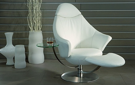 Satellite Leather Recliner by Professor Stefan Heiliger_image