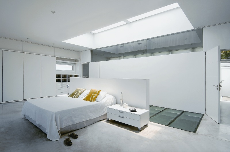 Pool in the Middle of Living Space_image