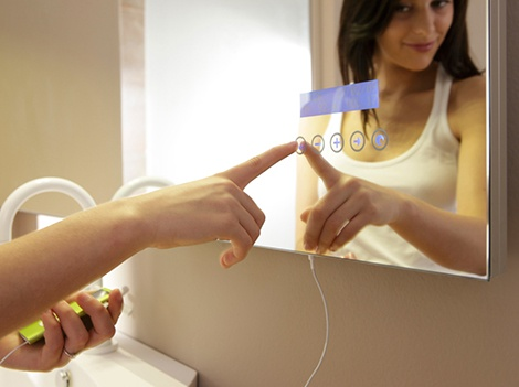 Touch Screen Mirror from Stocco plays MP3 - Maitre_image