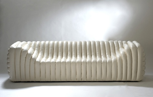 Versace Bubble Sofa Is Ready for the Catwalk_image
