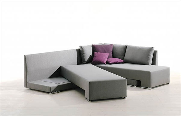 A Cool Method to Turn a Sofa Into a Bed_image