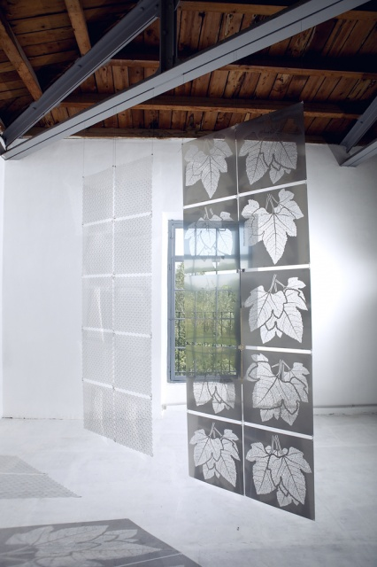 Amazing Metal Space Dividers_image