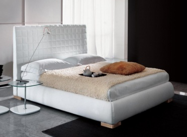 Bonaldo Bloom Ego Upholstered Bed _main_image