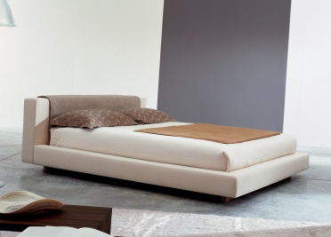 Bonaldo Relaxin Upholstered Bed _main_image