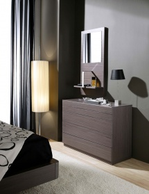 Dreams chest of drawers