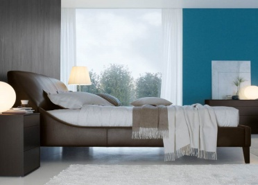 Jesse Elysee Leather Bed _main_image