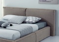 Como Upholstered Bed _image1